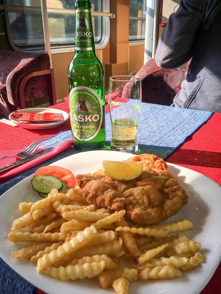 Wiener Schnitzel Speisewagen Slowenien