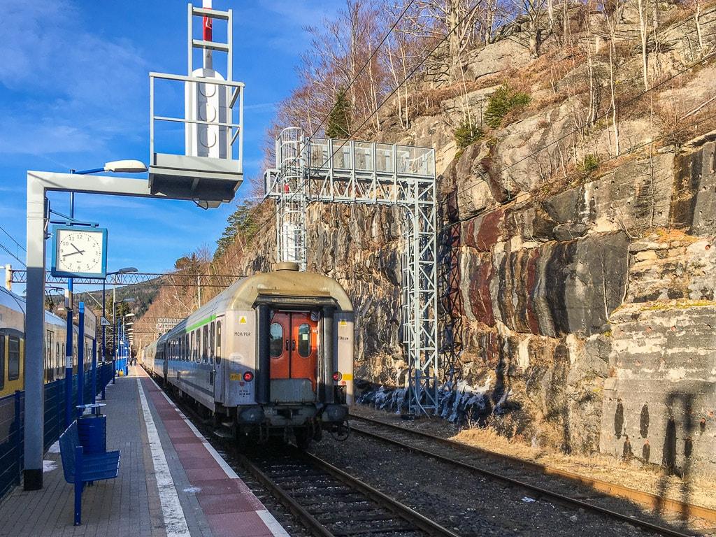 Bahnhof Szklarska Poręba Górna Felsen