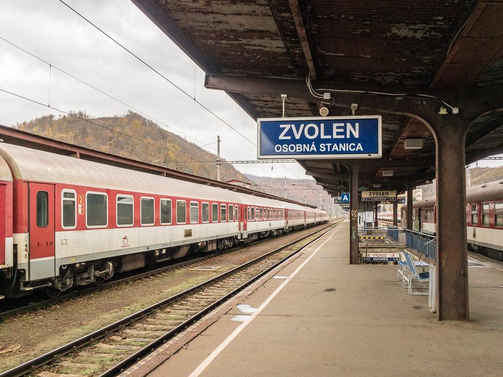 Bahnsteig Bahnhof Zvolen