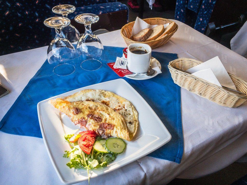 Omelette im slowakischen Speisewagen
