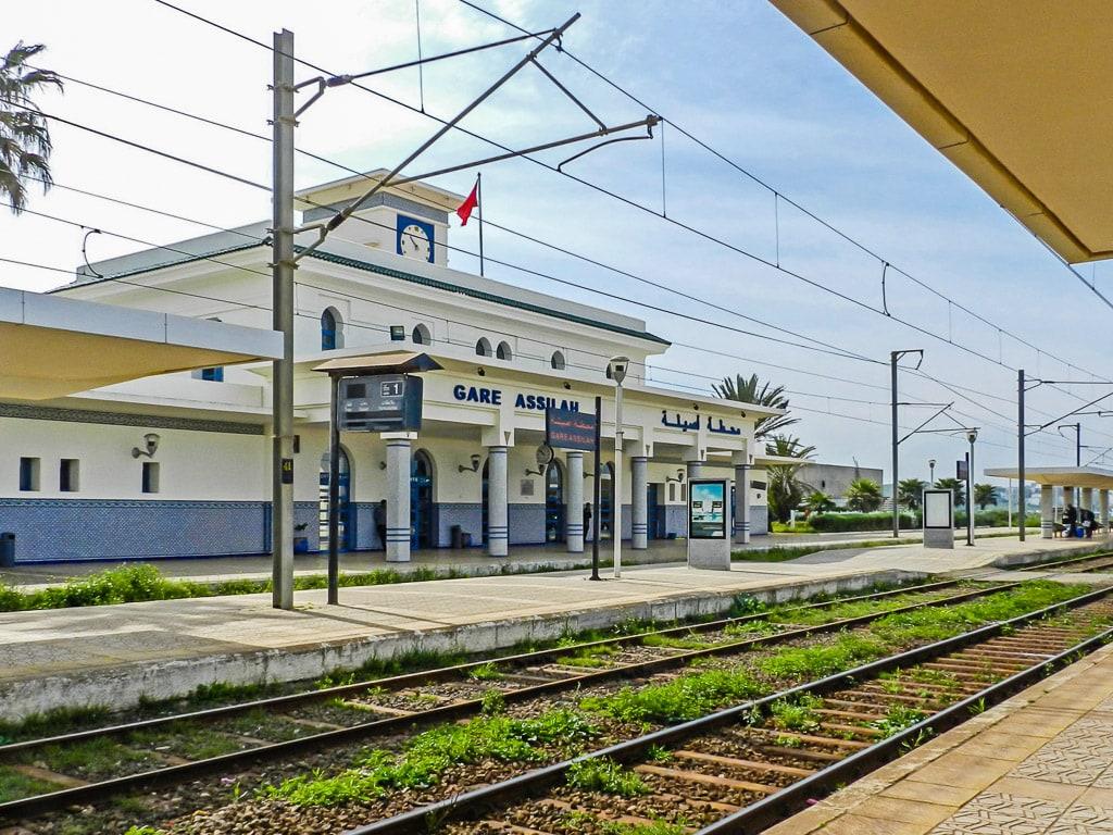 Bahnhof Asilah Marokko Bahnsteig
