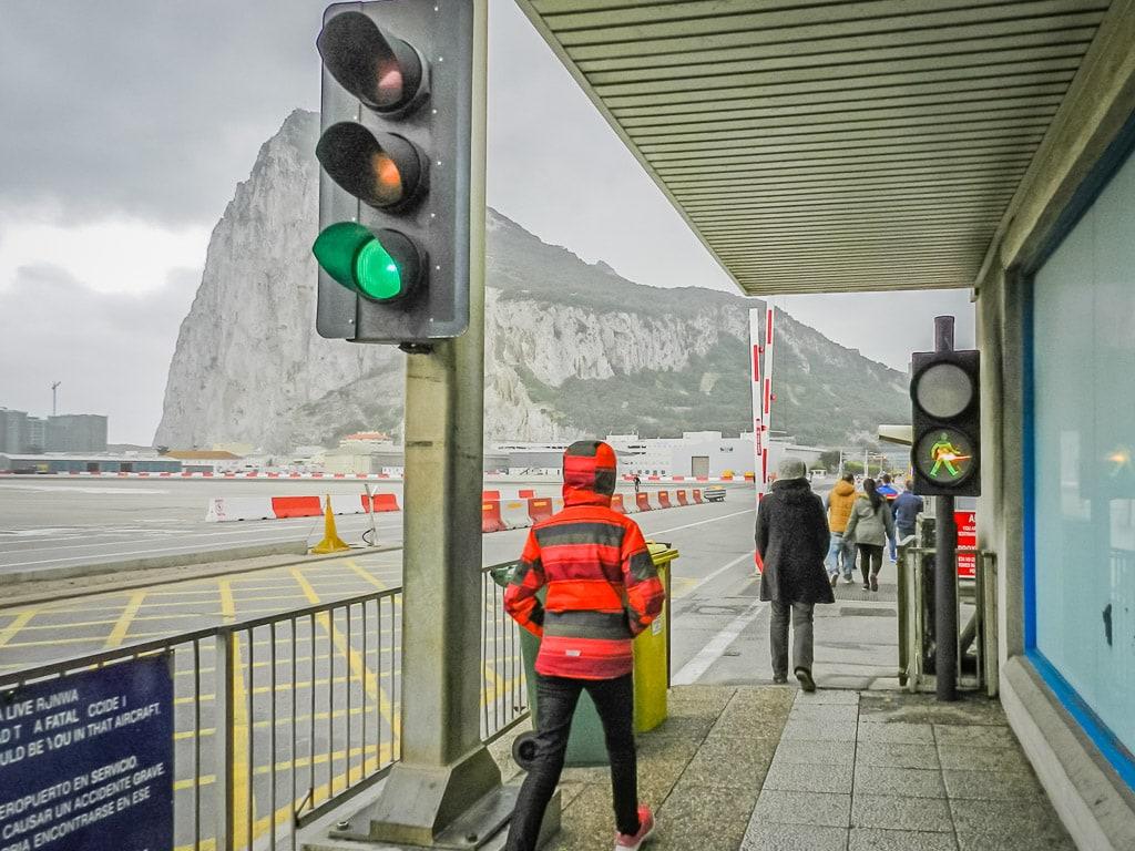 Gibraltar Einreise Flughafen Landebahn