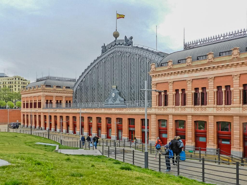 Bahnhof Madrid Atocha Bahnhofshalle