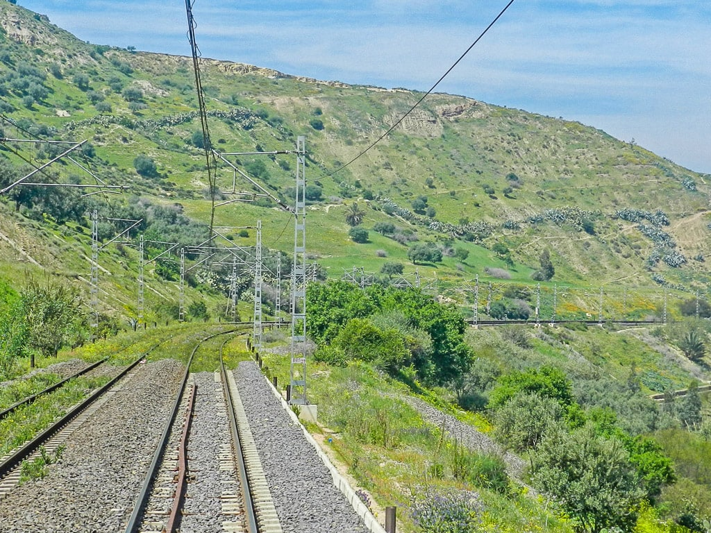 Eisenbahn Marokko Bahnstrecke Asilah–Meknès Berge
