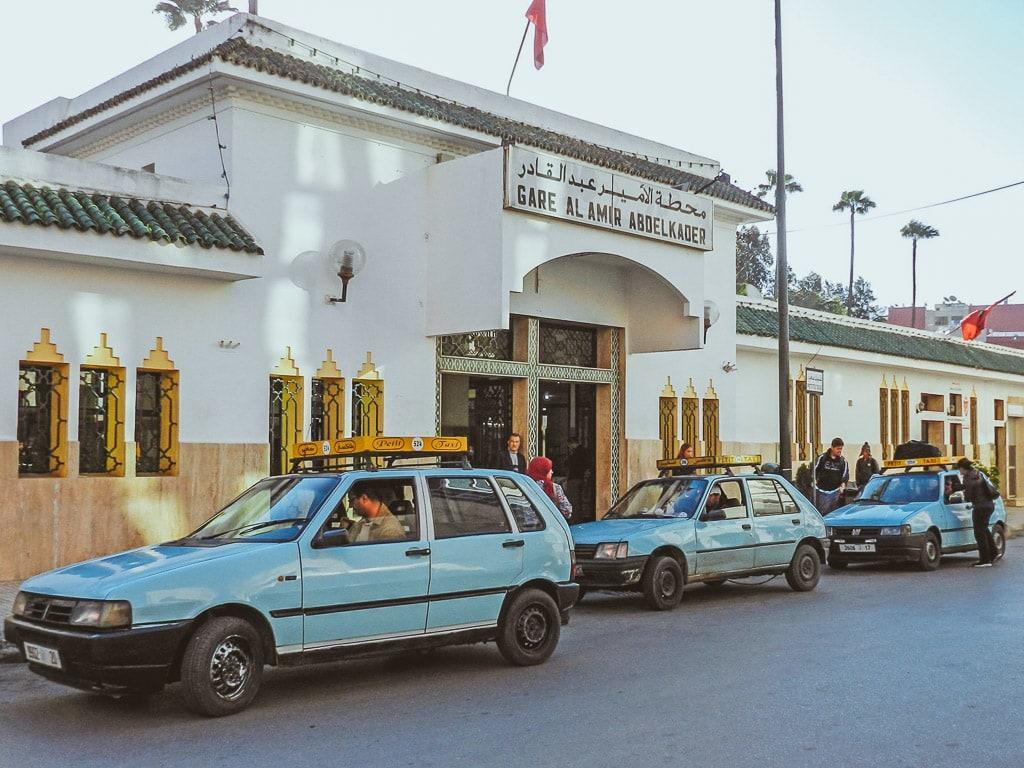 Bahnhof Mèknes Marokko Empfangsgebäude