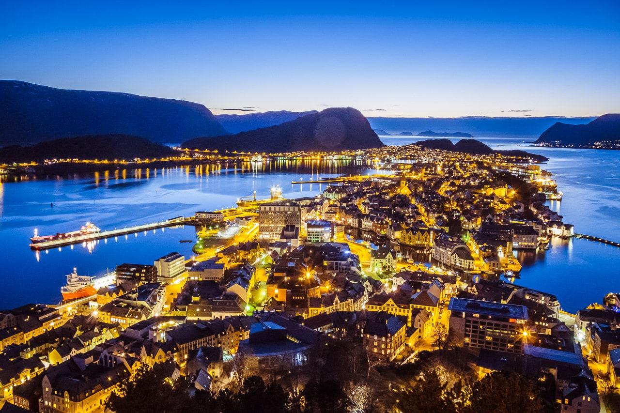 Ålesund, Norwegen: 5 Gründe, warum du diese Stadt lieben wirst