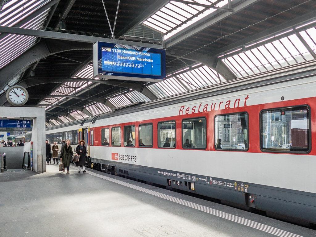 SBB Restuarant im EuroCity von Zürich nach Hamburg