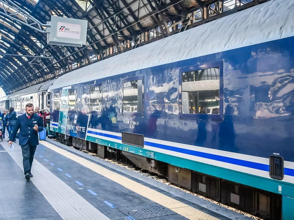 Intercity Notte Milano Centrale