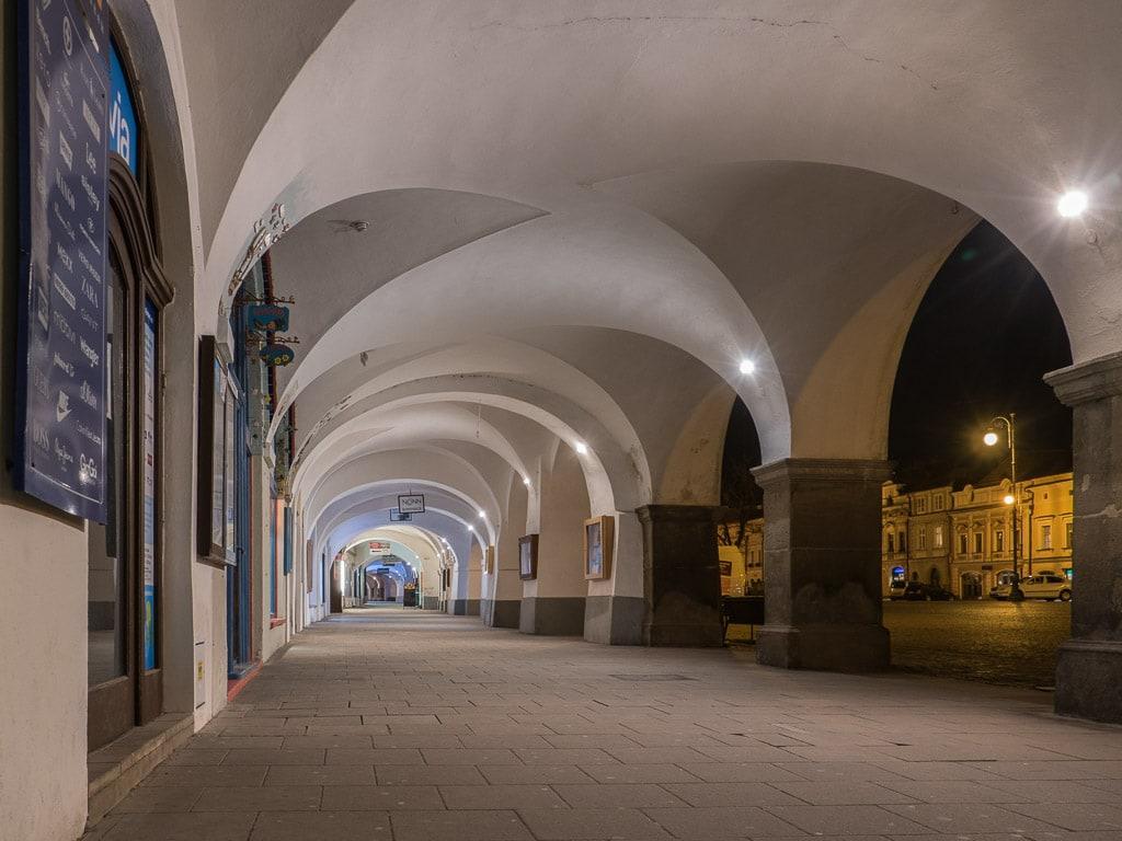 Litomyšl Marktplatz Laubengang