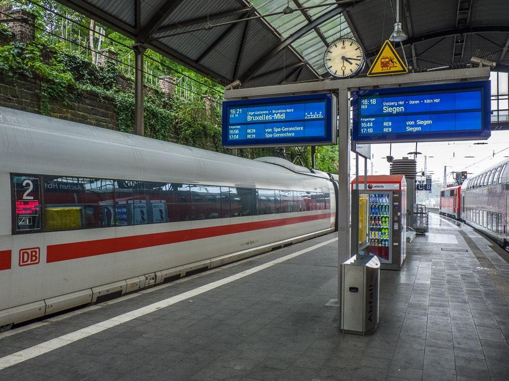 ICE International Aachen Hauptbahnhof