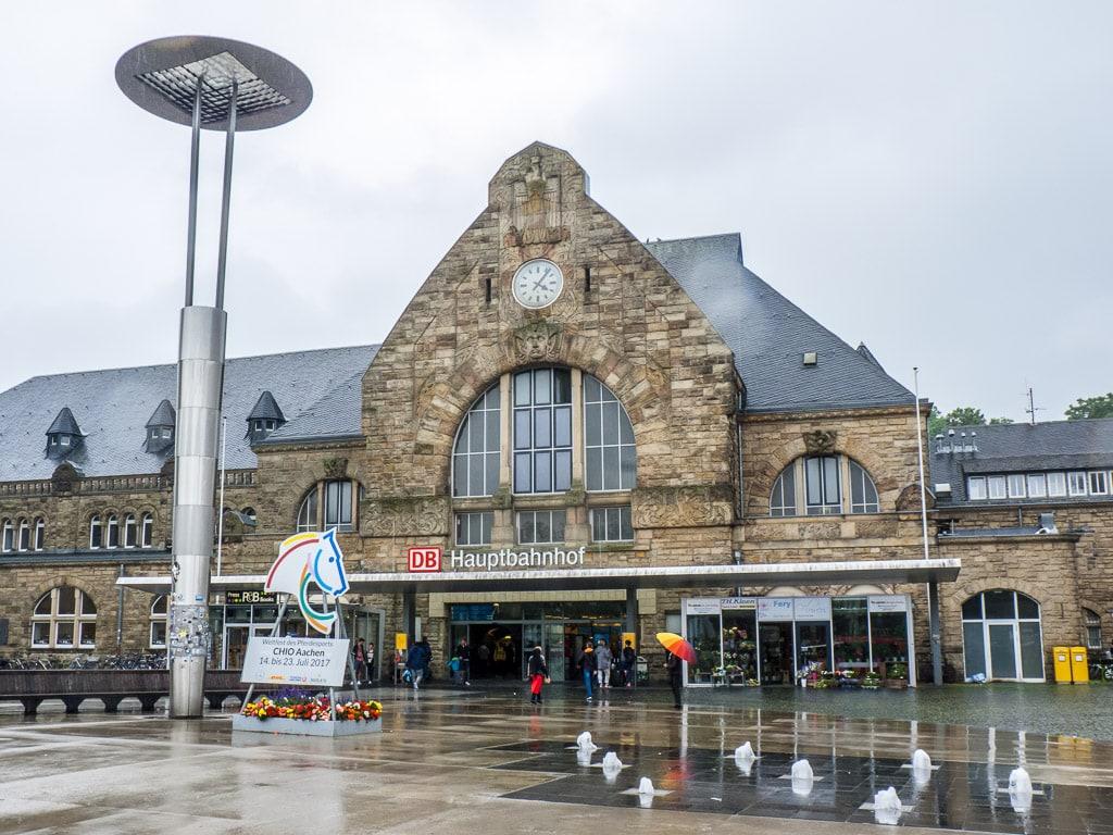 Aachen Hauptbahnhof Empfangegbäude