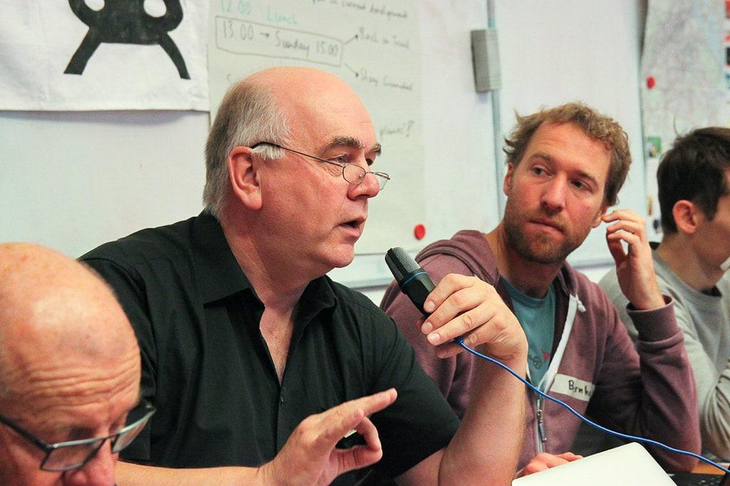 Joachim Holstein spricht auf dem Treffen von Back on Track in Wien im Oktober 2018