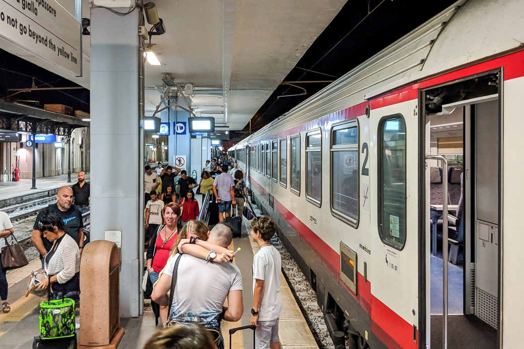 Ankunft Frecciabianca Lecce Apulien Salento