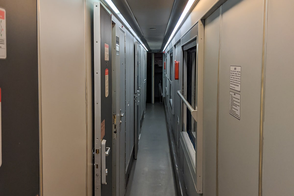 Intercity Notte Nachtzug Italien Schlafwagen Gang